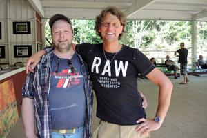 Glada miner hos arrangören Peter Engman och Mats Andersson, en av lördagens båda föreläsare.
