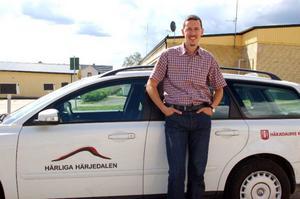 """Björn Ljungqvist, näringslivssekreterare i Härjedalens kommun, hopps mycket på Vindkompaniets planerade vindkraftssatsningar i  storleksordningen fyra–fem miljarder kronor. """"Det kan komma att skapa hundratals nya arbetstillfällen i kommunen"""", säger han.  Foto:  Carin Selldén"""