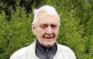 Falukännaren John Sohlberg söker fotografier och uppgifter om lantstället Hyddan-Göthes bagargård och Herdins färgeri och tvätteri i Gullnäs-Stennäset.