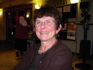 Anne Åström, Saxdalen, hörde till gänget som efterlyste ett samarbete med någon restaurang i samband med operavisningarna.