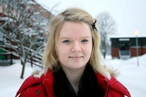 Emelie Olofsson har alltid bott i Vretstorp. Hon är stolt över att få vara ortens lucia i år.BILD: BARBRO ISAKSSON