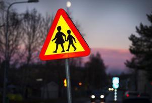 Polisen uppmanar föräldrar att inte skrämma upp sina barn i onödan.