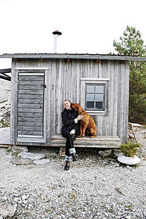 Håkan Nesser och hunden Norton.