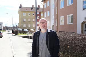 Tomas Froms på Gärdesgatan, där Bebop en gång bildades.