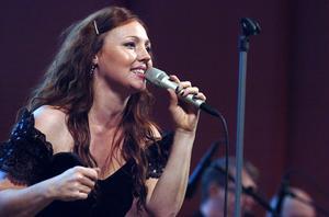 Hanna Hedlund showar på Biografteatern i Kilafors den 21 november.