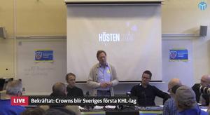 Leif R Carlsson under presskonferensen om KHL-laget Crowns.