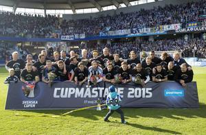 IFK Göteborg vann Svenska Cupen 2015, men är inte kvar i årets turnering där kvartsfinalerna har lottats. Arkivbild.