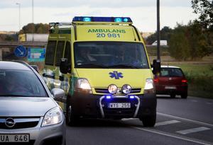 Tufft. Långa pass och övertid för ambulanspersonalen under våren.