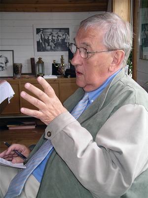 Historikern, tv-producenten, dokumentärfilmaren, författaren och hälsingen Olle Häger gick ur tiden 1 november 2014. Han blev 79 år.