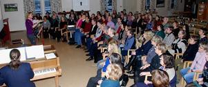 Cirka 70 personer fanns på plats i Coriandergården i lördags för att delta i Gospeldagen som leddes av Ulrica Larker Jonsson och Dan Eiderfors.