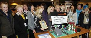 – Jaa, vi vann! Klass 7AB på Jernvalsskolan plockade hem 40 000 kronor i tävlingen Gästrikland i världen för sin framtidsversion av Sandviken.