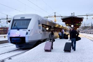 SJ har signalerat förändring i snabbtågstrafiken, vilket får negativa konsekvenser för Norrtågs regionaltrafik, skriver debattörerna.