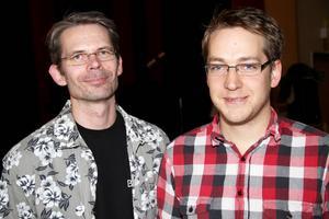 Lars Elverovski och Anders Klang tycker alla barn som vill ska få spela musik.