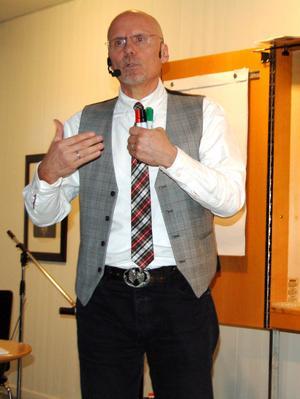 Göran Larsson är präst, föreläsare och terapeut vid St Lukas i Falun. Han föreläste om sin bok