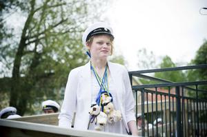 Linda Nilsson har satt nya svenska rekord i tresteg både inne och utomhus under det gångna året. För det belönades hon med 2012 års Idrottssköld.