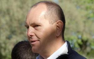 Jacob Sandberg, platschef på Avesta Outokumpu ser ingen fara med att leveranserna av råmaterial till Långshyttan upphör. De ska man göra specialstål av i stället.FOTO: KERSTIN ERIKSSON