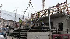 Bygget på Storsjö Strand är en av de arbetsplatser där eleverna får sin praktik.