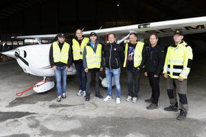 Några av medlemmarna i flygsällskapet. Från vänster: Jonas Wallerstedt, Anders Jonasson, Johan Fällman, Jens Ahlgren, Mats Näslund, Magnus Lindgren och Per-Fredrik Boman.