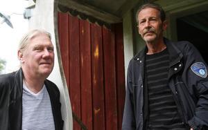 Lars Ljungström och Hans Ljungström är positiva till en cykel-, skoter- och vandringsled över den gamla Edängebron.