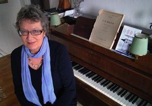 Kerstin Wallin, Bräcke, kyrkokantor och inte före detta varken kommunalråd eller generaldirektör.                                                                                      Foto: Ingvar Ericsson