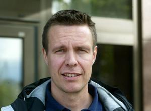Björn Forslund är ordförande i Sundsvalls skridskoklubb.