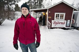 André Axelsson får inte längre erbjuda aktiviteter som kanotuthyrning, kurser, bastu med mera.