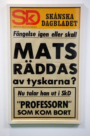 Tyska Amnesty skrev till Olof Palme för att få Mats Åmvall frisläppt när han avtjänade sitt straff för vapenvägran. Löpsedeln är från 1975 och hänger i dag inramad hemma hos chefredaktören.