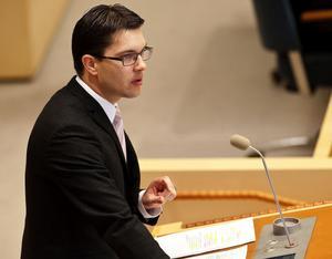 Jimmie Åkesson anser att den islamitiska terrorismen debatteras för lite.