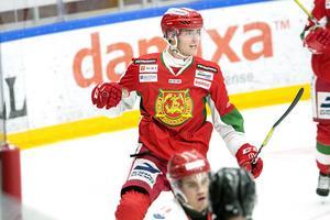 Pierre Engvall jagar 30-poängsgränsen mot Björklöven.