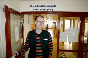 Åke Kihlberg, läkare och verksamhetsansvarig för Capio vårdcentral i Lekeberg är glad över att få nya lokaler under 2018. Arkivfoto: Peter Eriksson