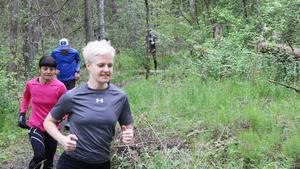 """Westeros Trailrunning träffas och springer varje vecka – oavsett om det är regn, sol eller snö. """"Skogen är så förlåtande när det gäller väder"""", säger Sofie Åström."""