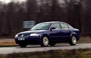 Foto: OLLE HILDINGSON Föryngringskur. Förnyelsen av Passat omfattar, som brukligt i modern biltillverkning, en delvis ny front och bakdel. De flesta nyheterna är dolda under skalet.