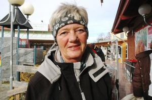 AnnChristin Westlinder, 54 år, Svenstavik:– Nej. Är det 65 år som gäller så är det 65.
