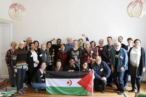 Drygt 50 personer deltog i Afrikagruppernas årsmöte i Falun då man bland annat diskuterade situationen i ockuperade Västsahara, vars fria flagga syns på bilden.