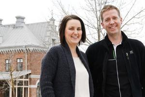 Tomi Gladh och Helena Mossnelid drar till England för att studera hur de jobbar hälsofrämjande.