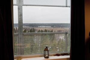 SÄLJANDE? Här är utsikten som ska sälja whiskyn.