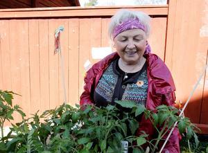 Simonette Olsson besökte Vårmarknaden där hon köpte tomatplantor.