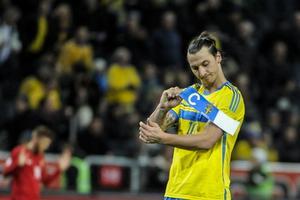 Kapten. Dags för Zlatan Ibrahimovic att för gott ta av sig kaptensbindeln i svenska landslaget?
