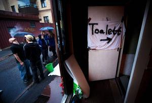 Det har ockuperats många hus runt om i Sverige det senaste året och i helgen var det dags för ett trettiotal ungdomar att ta över ett hus i Östersund.