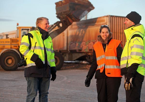 Håkan Alexandersson, Ann-Britt Asplund och Per Mellqvist träffades i Sveg när det första fliståget till Eskilstuna blev lastat.