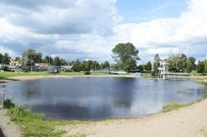 Karlslund är ett av nio EU-bad i Sverige som inte klarar de krav på vattenkvalitet som ställs enligt badvattendirektivet.