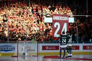 En av Frölundas största spelare genom tiderna, Niklas Andersson, hade nummer 24 och fick under hösten sin tröja upphissad i taket i Scandinavium.