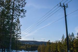 Problem vid vindkraftverken på Stentjärnåsen ställde till det för nästan hela Härjedalen.