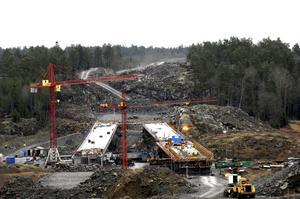 Allt dyrare. Infrastrukturprojekt ofta blir betydligt dyrare än vad som planerats från början, skriver Pia Nilsson.foto: scanpix