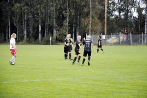 Serieettan Mohed lyfte på Knöttas IP. Nu har laget allting i egna händer.