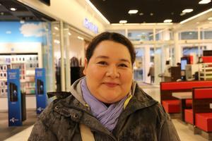 Tessy Hernadez, 31, jobbar i hotellbranschen, Dubai: