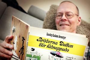 Det är med glädje som läkaren Kåre Persson i Östersund minns sin tid som översättare av Lucky Lukes äventyr i vilda västern.