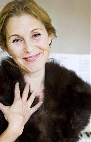 """""""Jag är ofta i mina föräldrars fritidshus  i Handöl, men det är länge sedan jag sjöng här i Jämtland"""", sade Helen Sjöholm."""