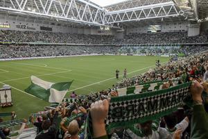 Hammarbys publikrusning i år är unikt i fotbollssverige. Aldrig tidigare har ett lag från superettan lockat sådana mängder med åskådare. Publiksnittet kommer att bli en bit över 20 000 åskådare. Här är en bild från rekordmatchen mot Ljungskile i augusti, då hela 31 074 åskådare fanns på Tele-2 Arena – publikrekord för