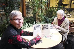 Engagerade. Kerstin Söderström och Hillevi Bygge har varit med i föreningen i många år. Nu ser de fram emot att fira 100-årsjubileet.